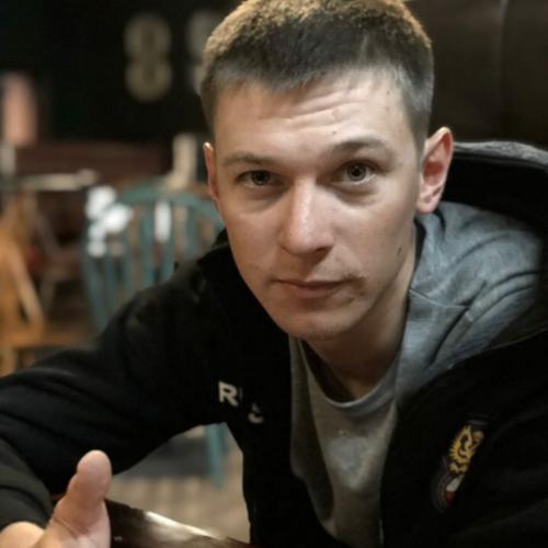 Павел Уторников