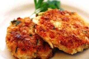 Рецепт: Рыбные котлеты с сыром