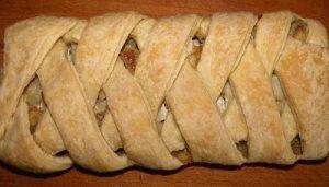 Рецепт: Рецепт слоеного пирога с рыбой и картофелем