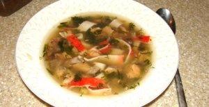 Рецепт: Суп с крабовой лапшой