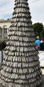 """Ёлка из Владивостока - """"натур продукт"""" - ингредиент: сушеная корюшка!"""