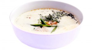 Рецепт: Лохикейто (финская уха с красной рыбой)